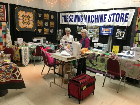 046-Sewing Machine Store Booth SMQG Quilt Show March 2016-001