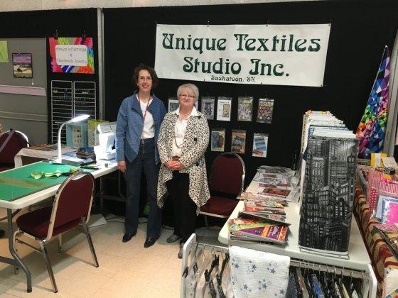 048-Unique Textiles Vendor SMQG Quilt Show March 2016-001