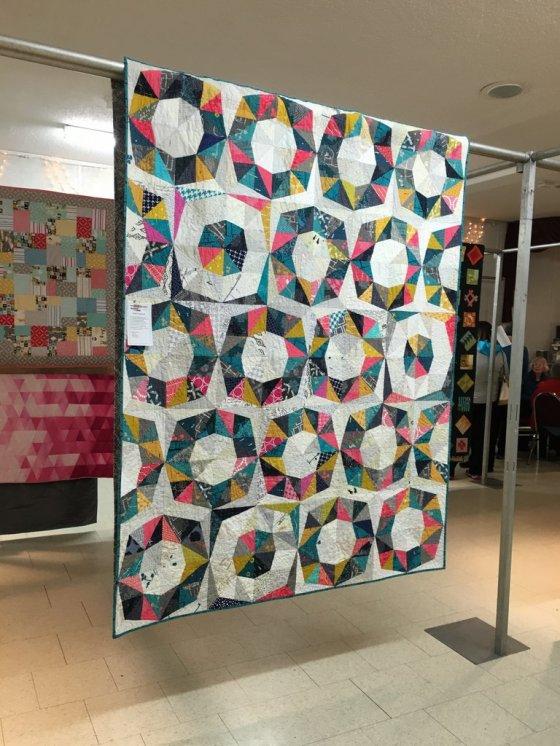 051-Jaclyn's Fractal Quilt SMQG Quilt Show March 2016-001