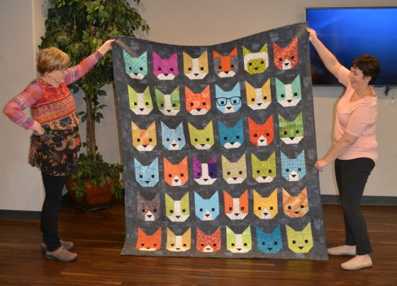 Edith cat quilt full